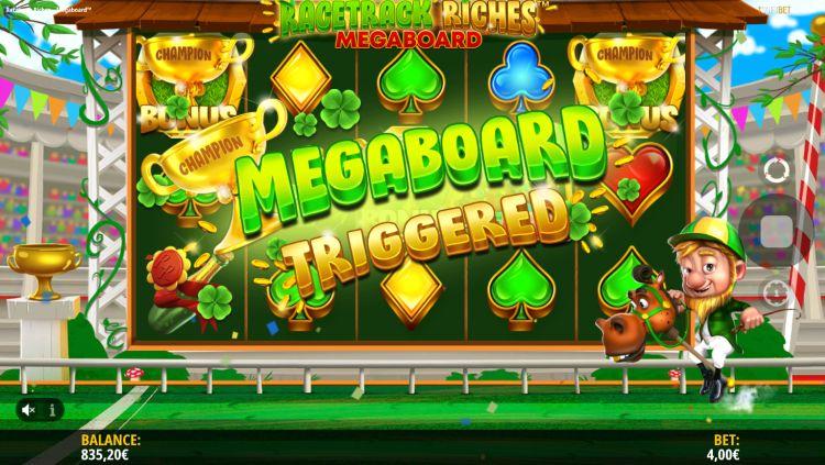 Racetrack riches megaboard slot bonus trigger