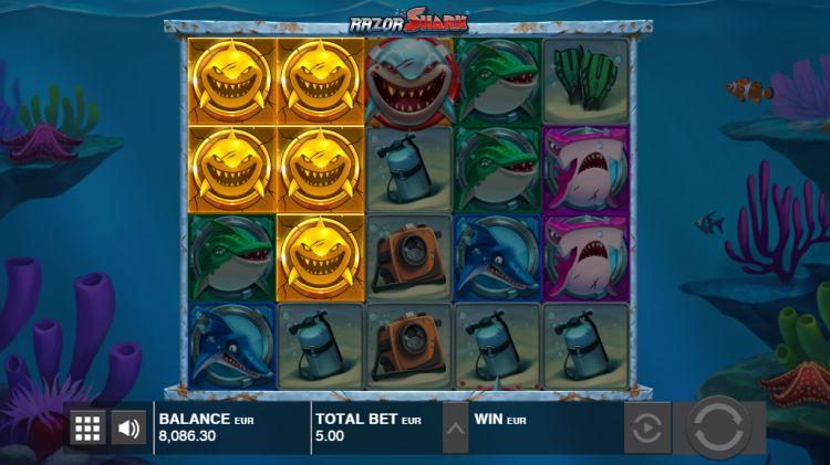 razor-shark-slot-feature