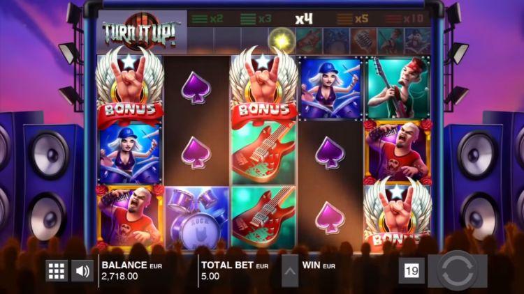 turn-it-up-slot-review-push-gaming-review-bonus-trigger